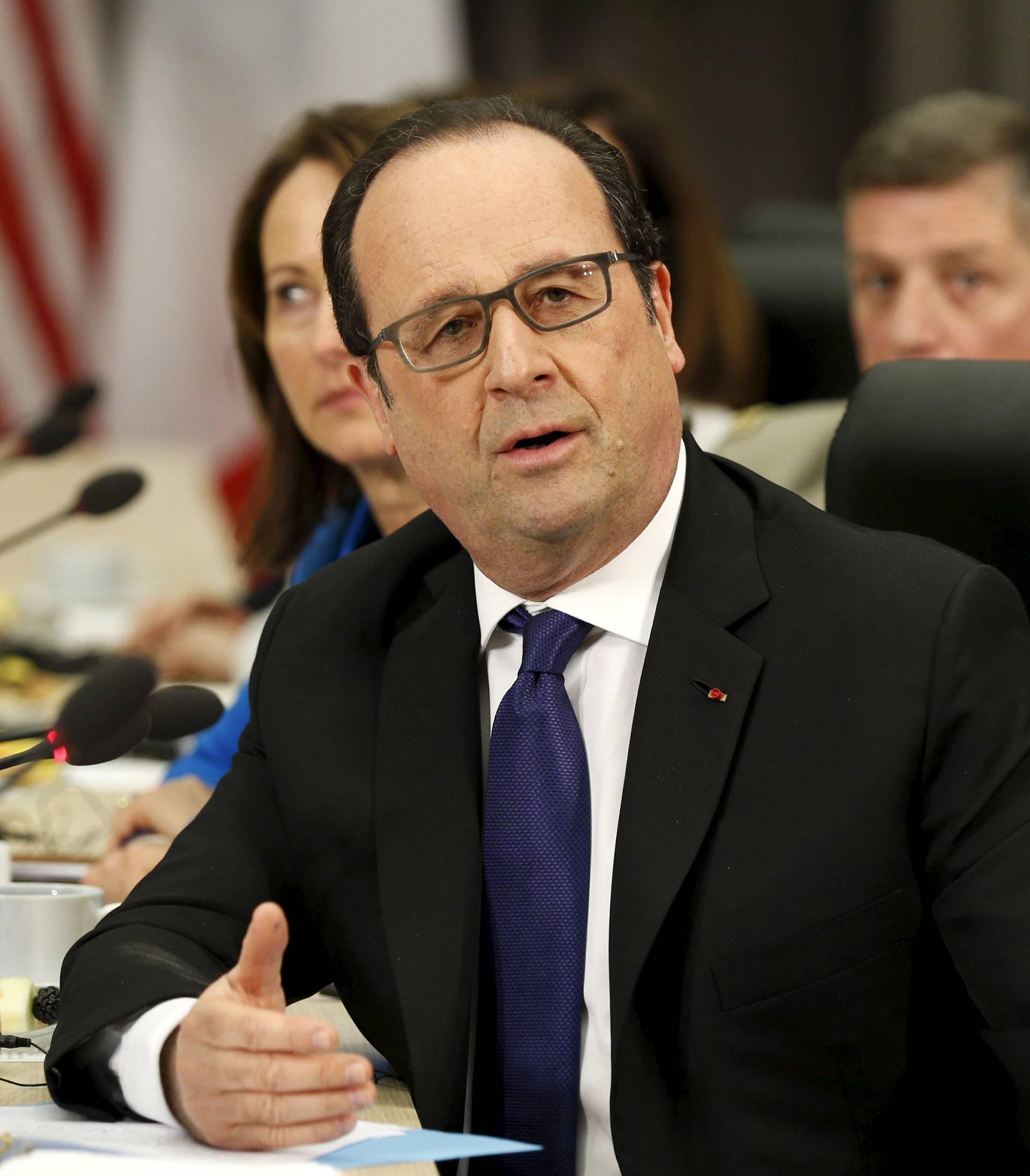 Hollande: 'Nećemo organizirati referendum o izlasku iz EU'