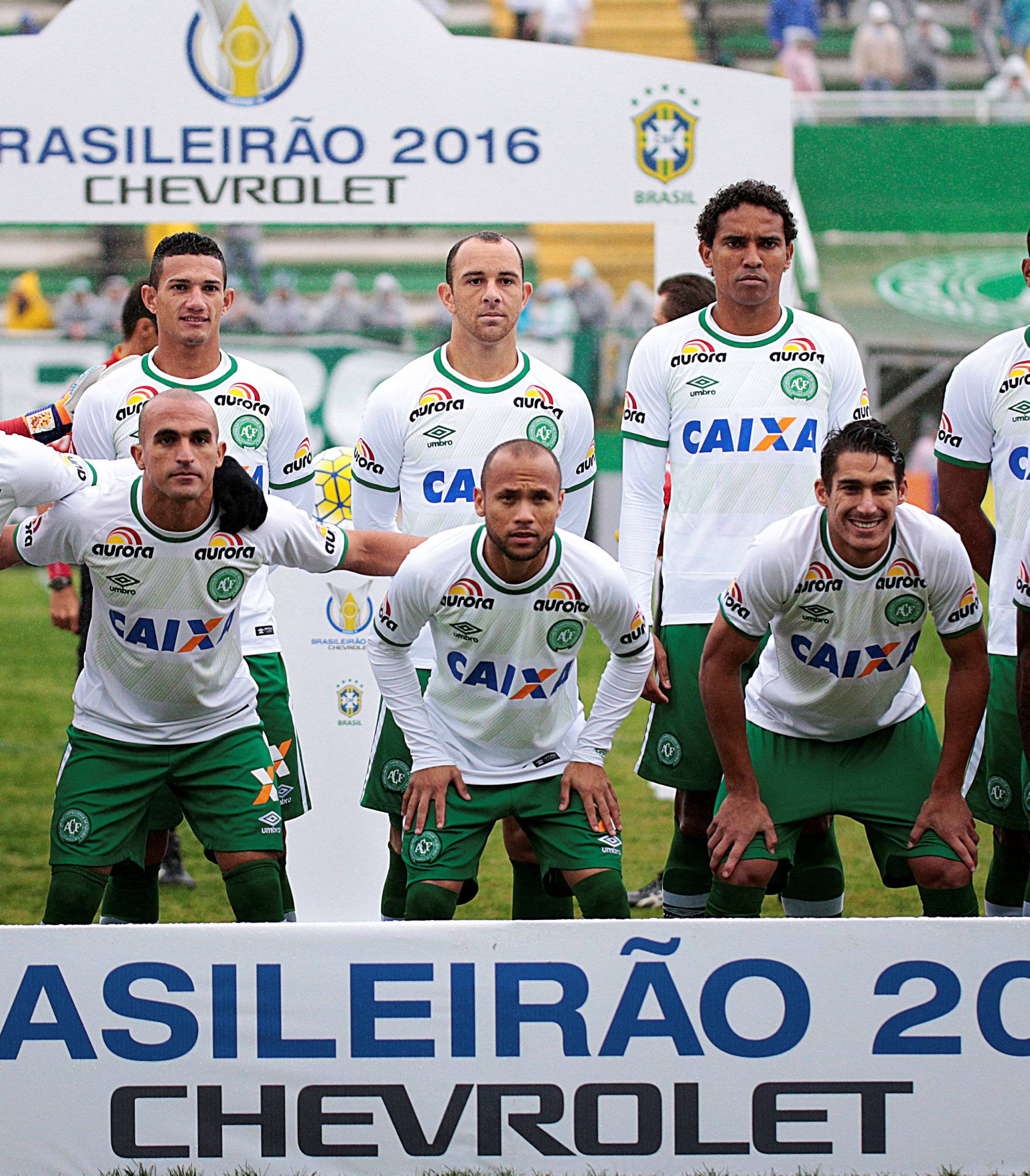 Players of Chapecoense soccer team pose for picture before their Brazilian Series A Championship match against America Mineiro in Chapeco