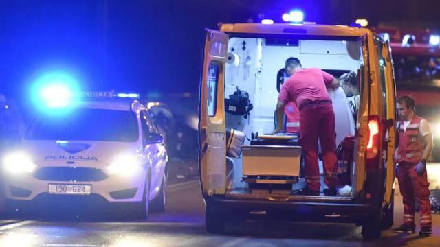 Vozač poginuo kod Siska: Pao u kanal i okrenuo se na krov