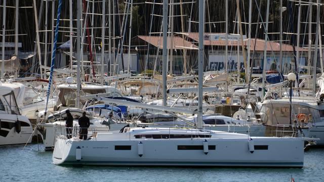 Pula: Nautičari pristižu u marinu Veruda