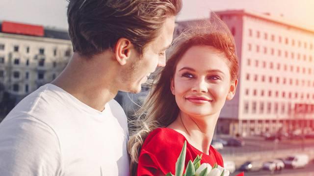 Možemo li se zaljubiti na prvi pogled? Stručnjaci su objasnili