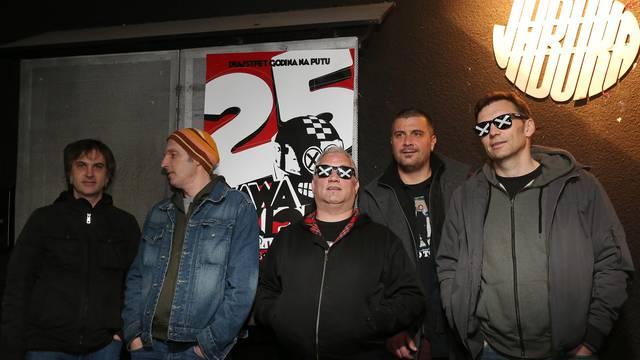 'Dvodnevnim koncertom ćemo proslaviti 25 godina benda...'
