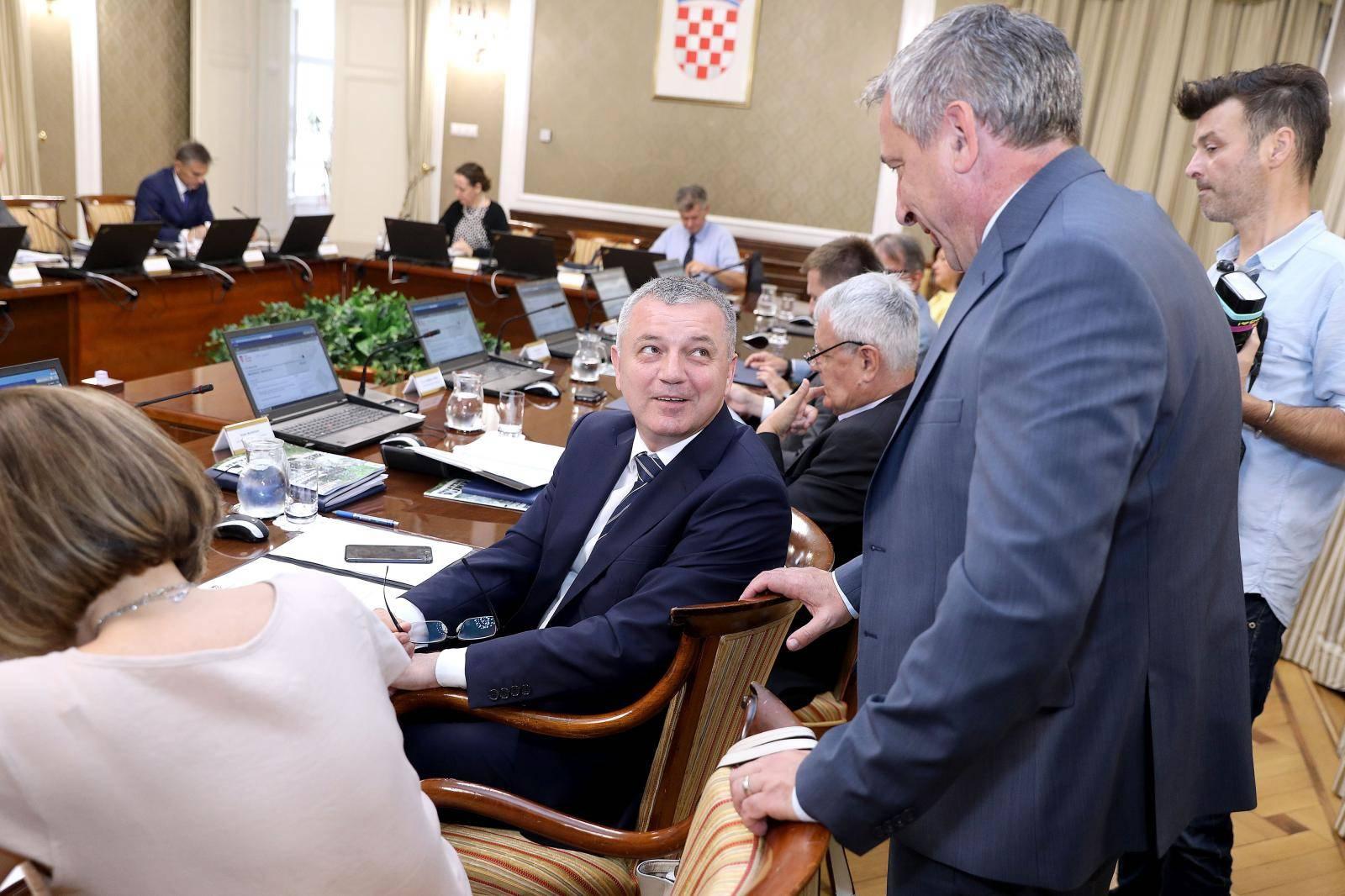 Zagreb: Vlada o paketu poreznih reformi