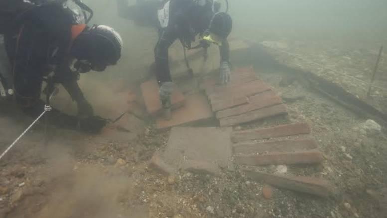 Veliko otkriće: Na dnu Kupe 'leži' brod star 2000 godina