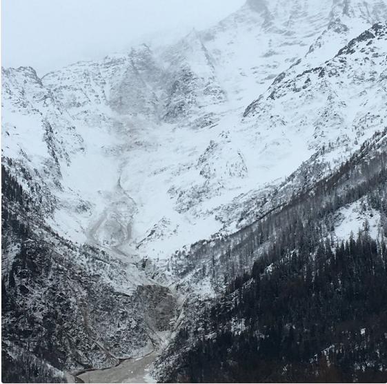 Evakuirali više od 100 koliba: Chamonix strahuje od lavina