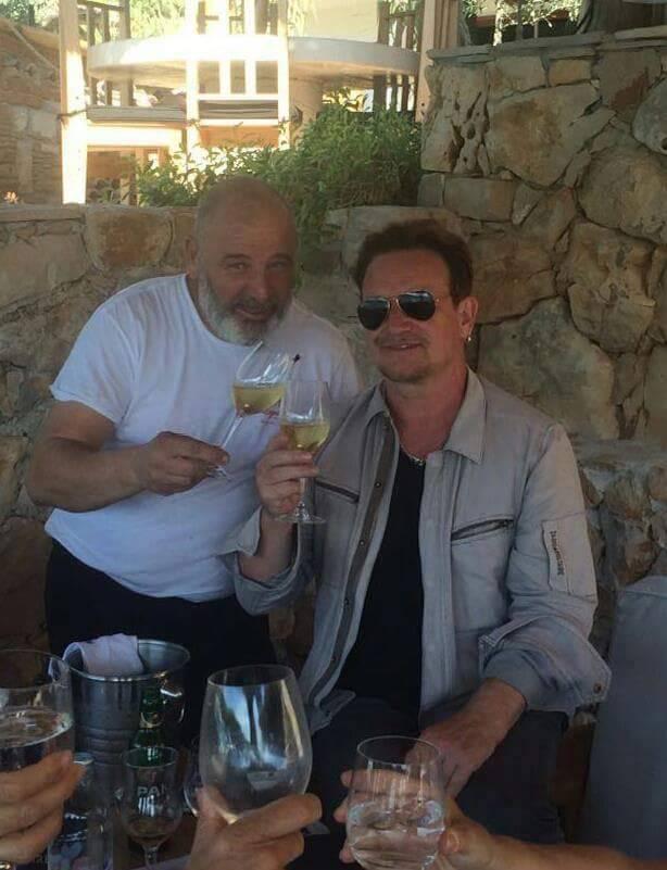 Bono je na Palmižani pljeskao chefu i zatražio je njegov broj
