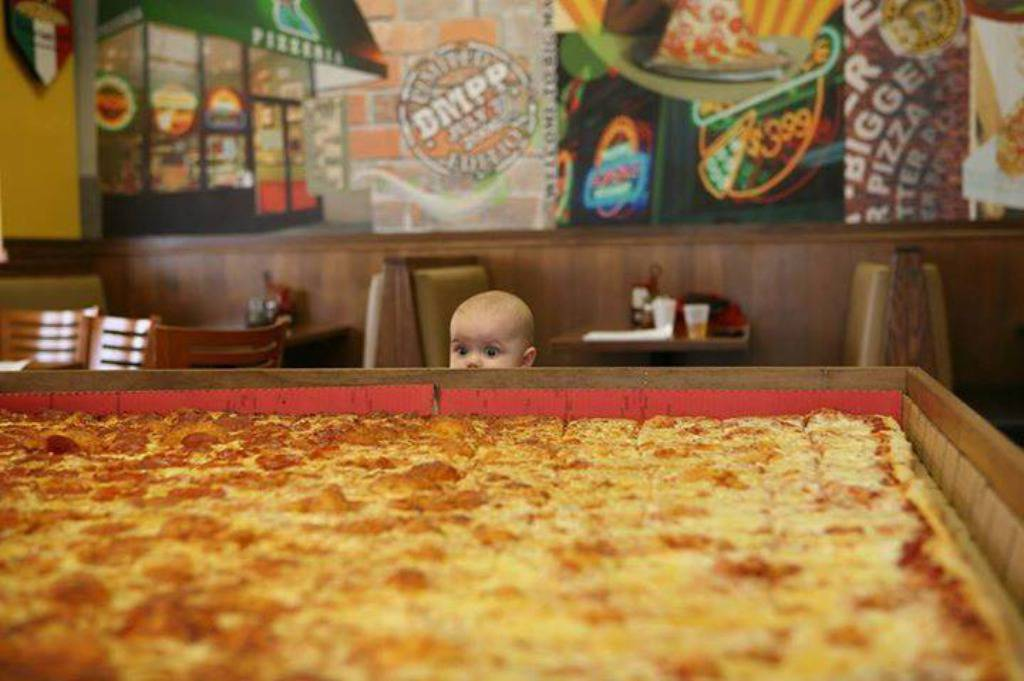 Big Mama's and Papa's Pizzeria