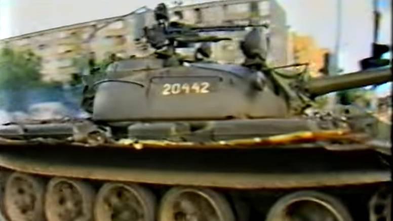 Sramota! Vodio je tenkove na Vukovar, sad mu dižu spomenik