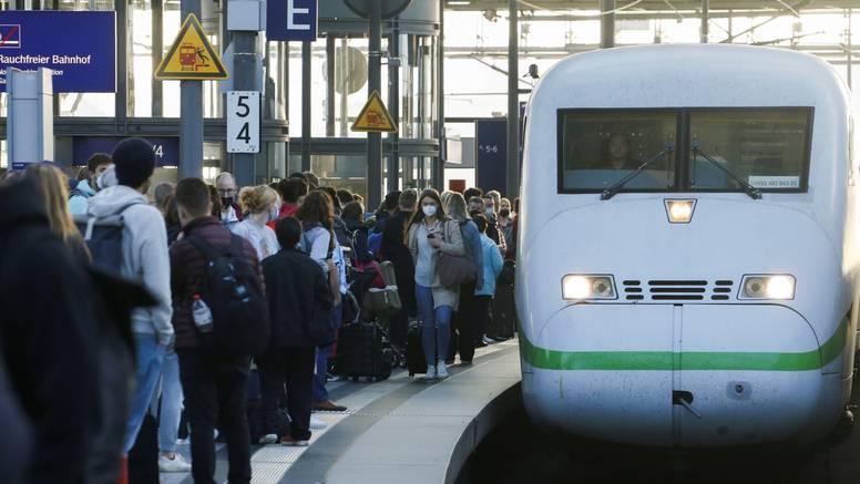 Njemački strojovođe počeli  treći štrajk u mjesec dana: Traže se veće plaće i bolji uvjeti rada