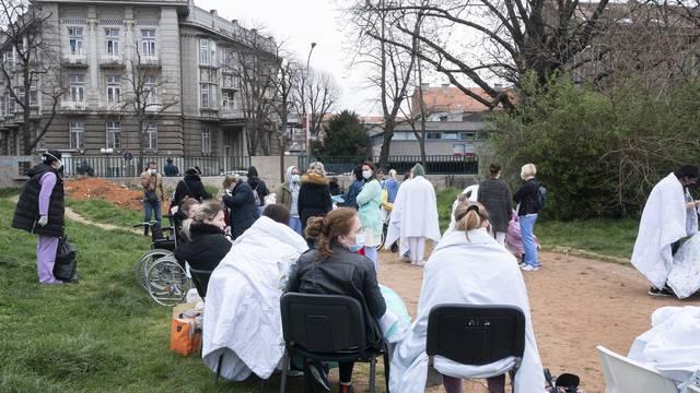 U Klaićevoj traje obnova, Šalata je potpuno razorena, a plućna klinika je dugo bila na Rebru