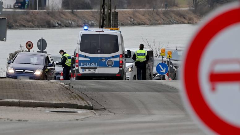 Talačka kriza u Njemačkoj: U busu za Srbiju oteo vozače