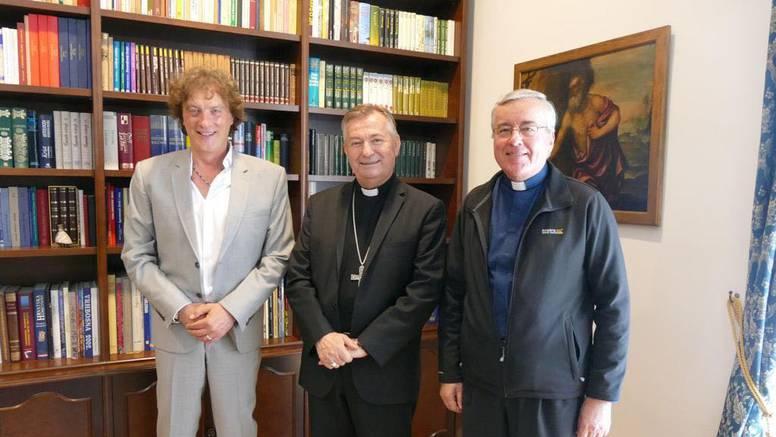 Tonči Huljić skladao prvu 'Pop misu' u svijetu, 'blagoslov' je dobio od nadbiskupa Barišića