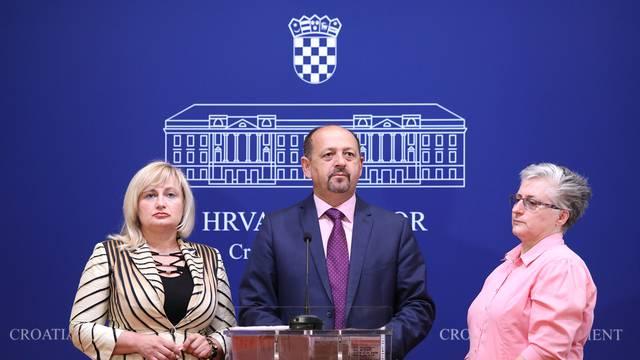 Lovrinović: Utjecaj politike na zdravstvo je neprihvatljiv