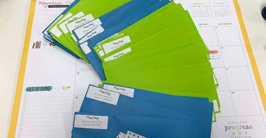 Učiteljica djeci napisala dirljiva pisma da znaju da misli na njih