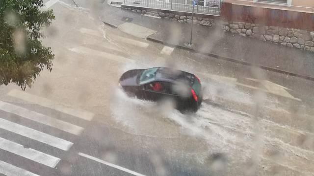 VIDEO Potop u Rijeci! Sve pliva