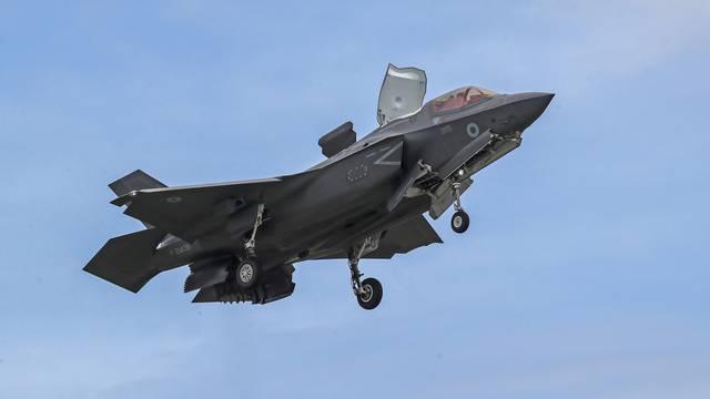 F-35 Lightning stealth fighter jets