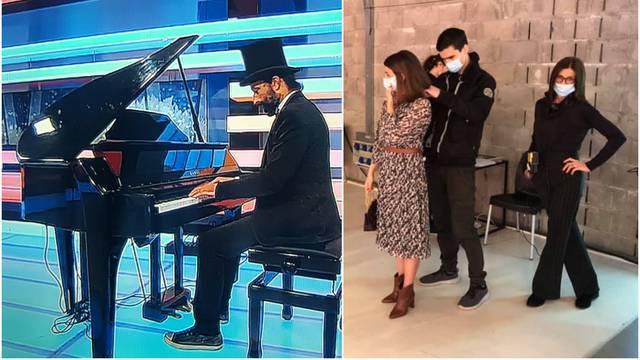 Kao u Titaniku: Drma li ga drma i to pošteno, a on svira klavir...