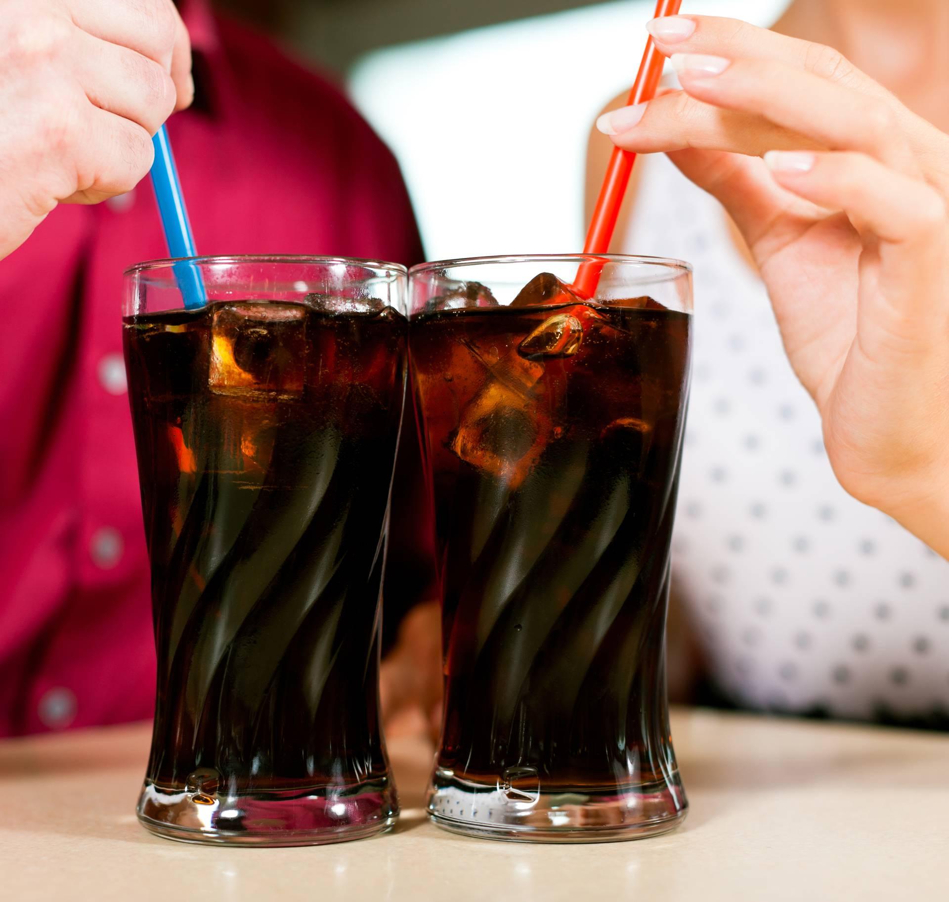 Oni koji svaki dan piju šećerne bombe neće postati mršaviji