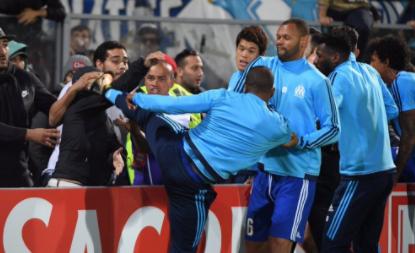 Kung fu Evra dobio drastičnu kaznu, Marseille ga potjerao