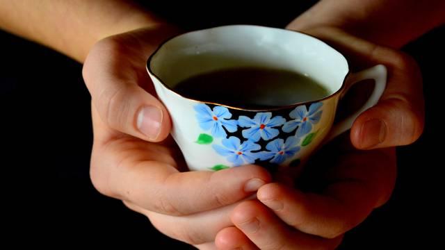 Čaj od anisa liječi nadutost, ali i bronhitis, pomaže kod astme