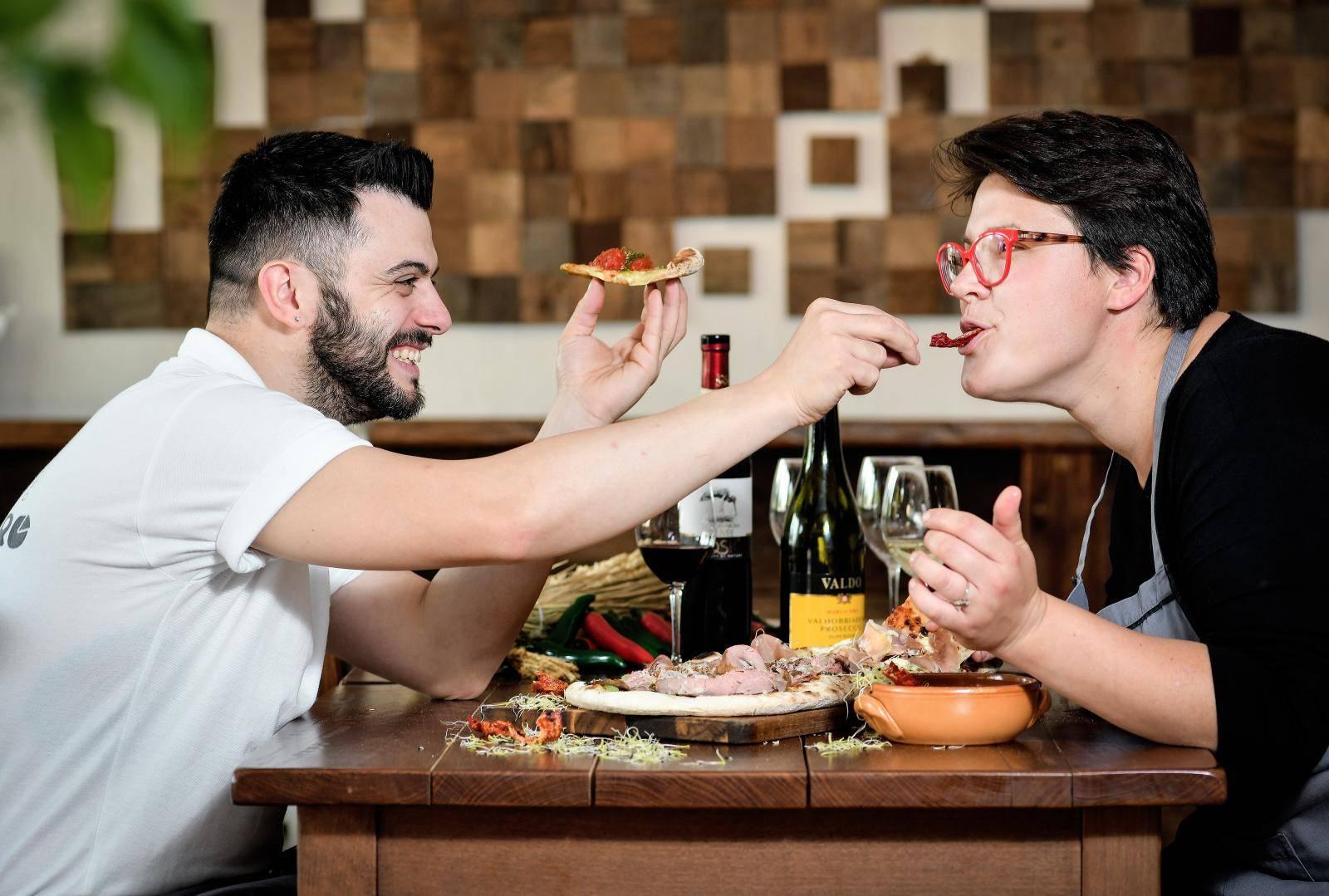 Talijan Pasquale usred Zagreba radi pizzu s aromama Slavonije