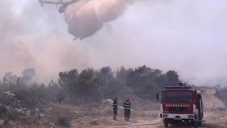 Uhitili muškarca koji je namjerno palio požare uz cestu Rastovac-Mitlo kod Trogira