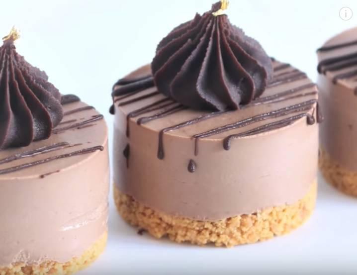 Čokoladne cheesecake tortice: Ne peku se i lako ih je napraviti
