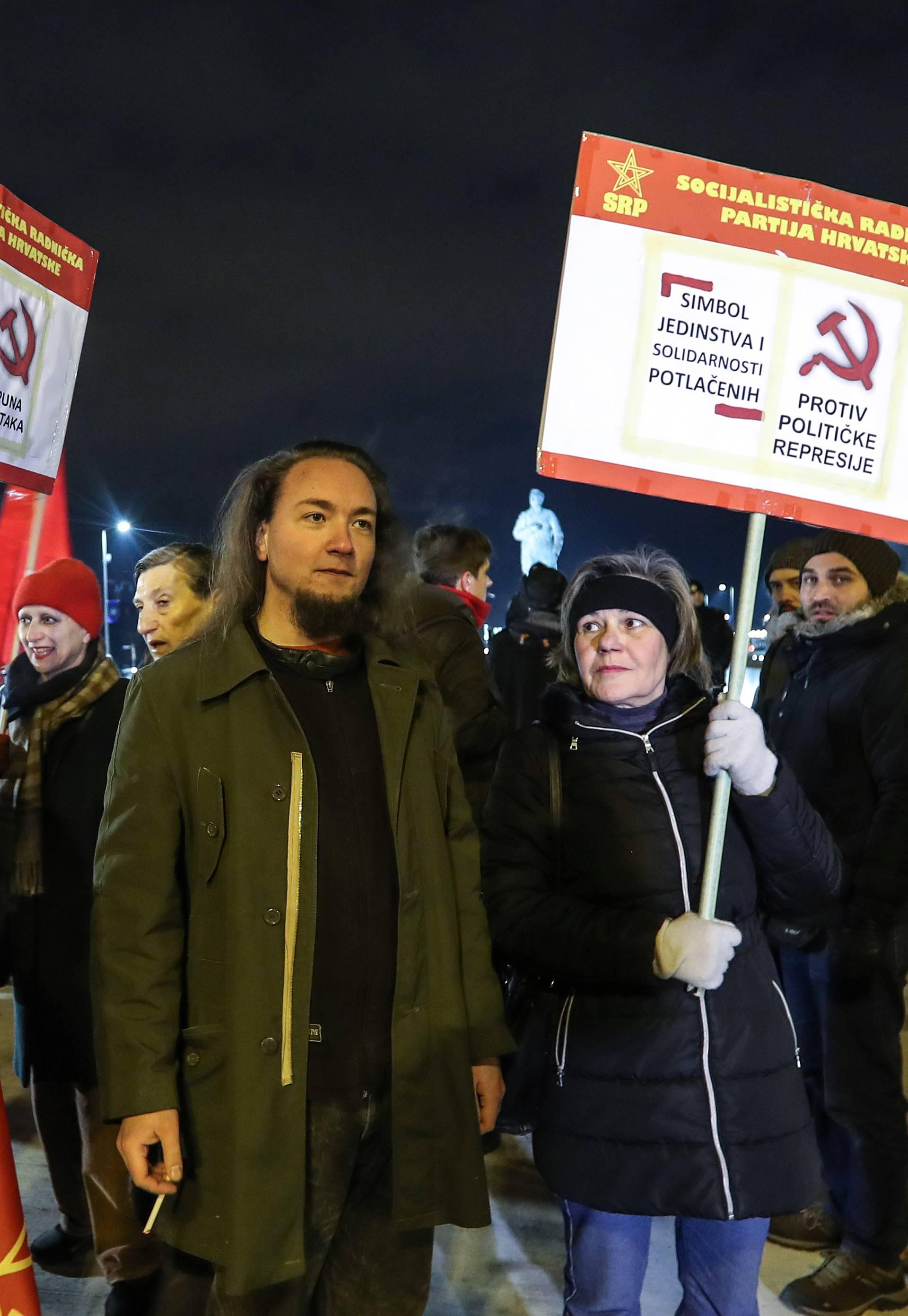 Zagreb: Ispred spomenika Franji Tuđmanu održan prosvjed protiv političke represije