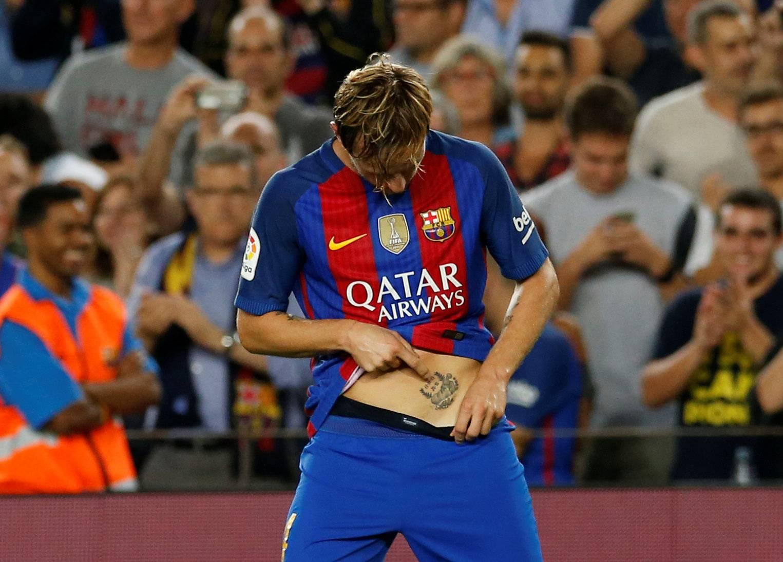 Football Soccer - Barcelona v Atletico Madrid - Spanish La Liga Santander - Camp Nou stadium