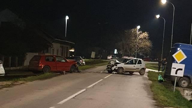 Krš i lom kraj Osijeka: 'Čuli smo škripanje guma, a onda udarac'