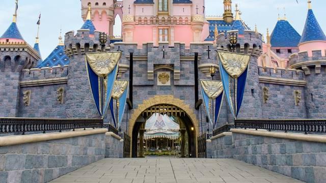 Disneyland u tišini i dalje 'živi': Čarolija u njima nije nestala...