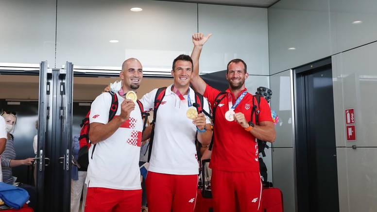 Zlatna braća i brončani Martin vratili se iz Tokija: Bodrili smo jedni druge, zato toliko medalja