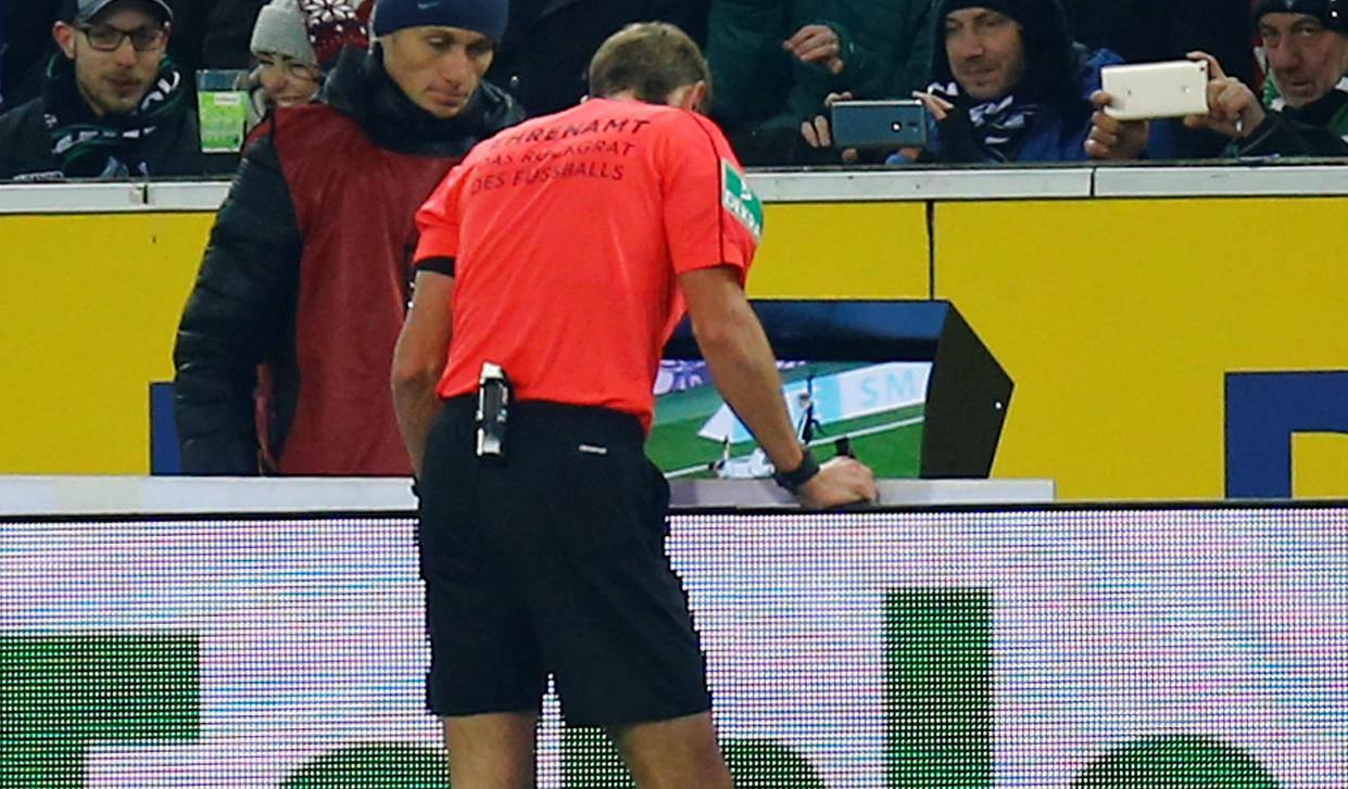 Bundesliga - Borrusia Moenchengladbach vs Schalke 04