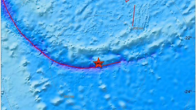 Novi snažan potres magnitude 6,1 pogodio je  Otočje lojalnosti