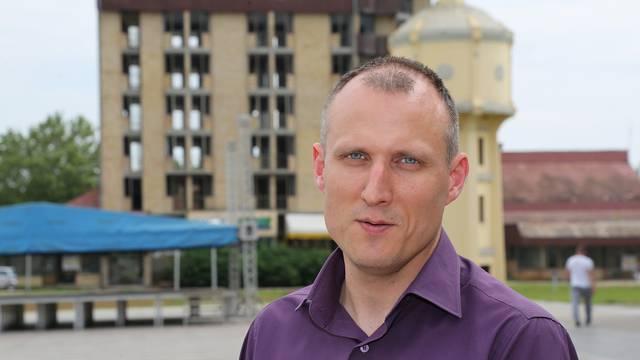 Milaković objavio imena Srba ubijenih i nestalih u Vukovaru