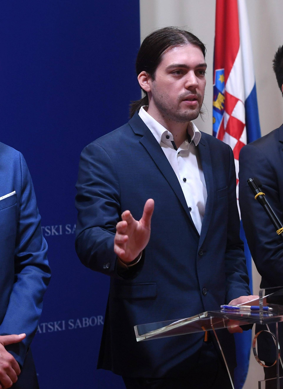 Zagreb: Konferencija za medije Živog zida i SNAGE