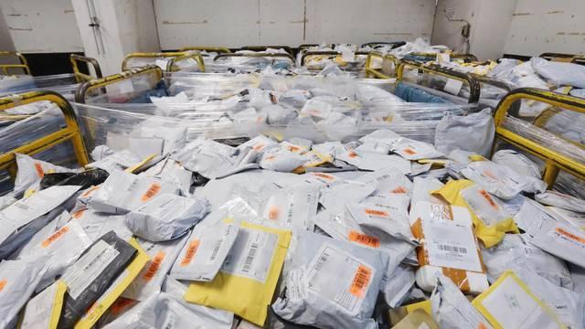 Skuplji online šoping:  Od srpnja ćemo morati plaćati PDV na male pošiljke iz inozemstva