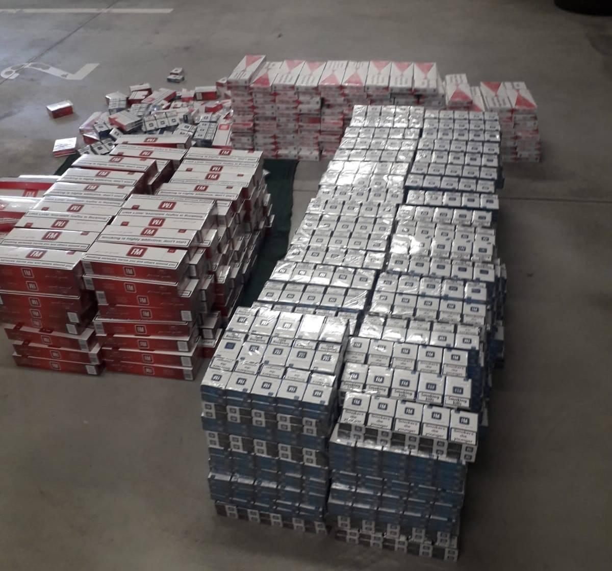Ulovili ga na autocesti: U autu švercao 6500 kutija cigareta