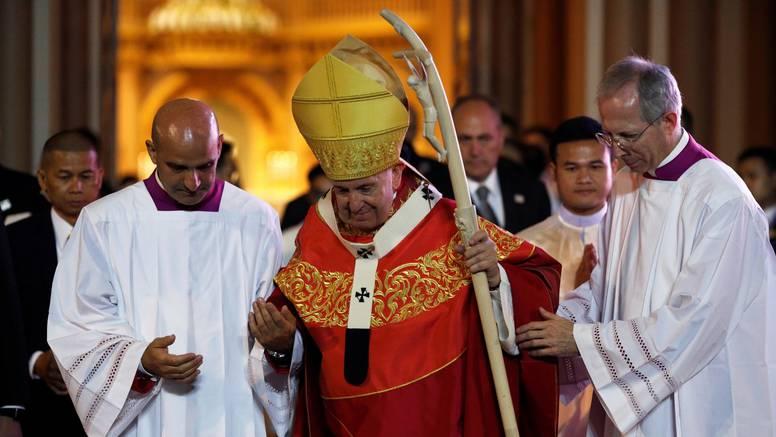 Papa otišao u Japan: Zalaže se za zabranu nuklearnog oružja