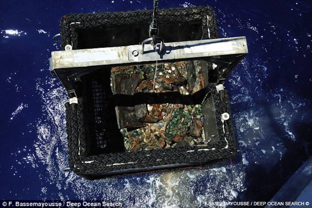 F. Bassemayousse/Deep Ocean Search