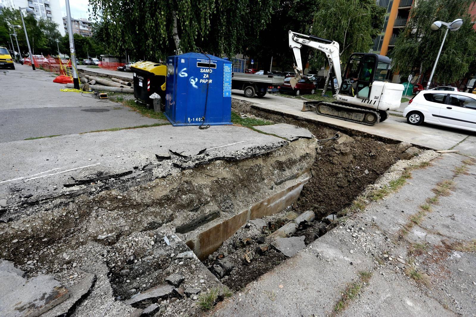 Dio Novog Zagreba bez tople vode zbog puknuća vrelovoda