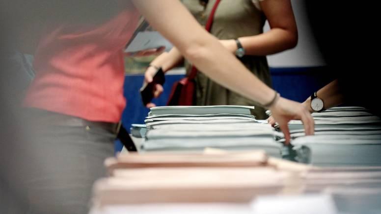 Analitičari prognoziraju manji odaziv birača: 'Dosadilo im je'