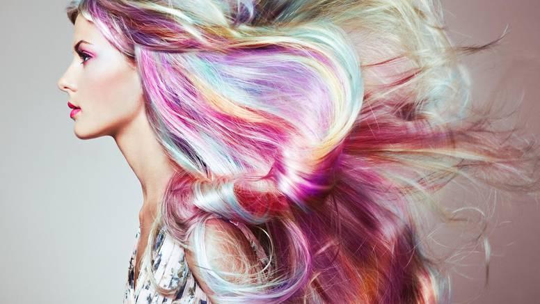 Povratak 1990-ih: Popularni su repići, frizure s mnoštvom boja