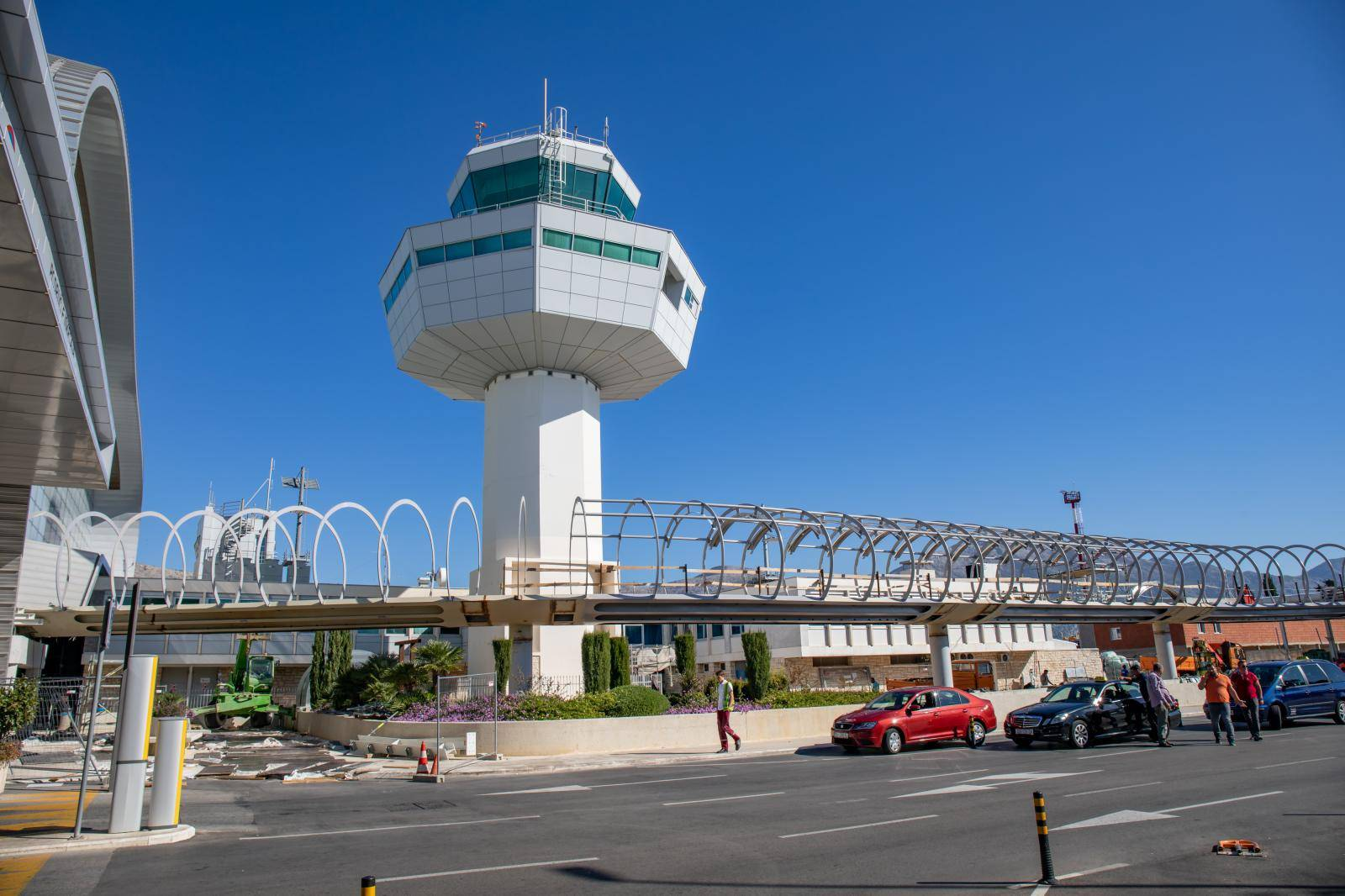 Avion hitno sletio u Dubrovnik, umro putnik na letu za Egipat