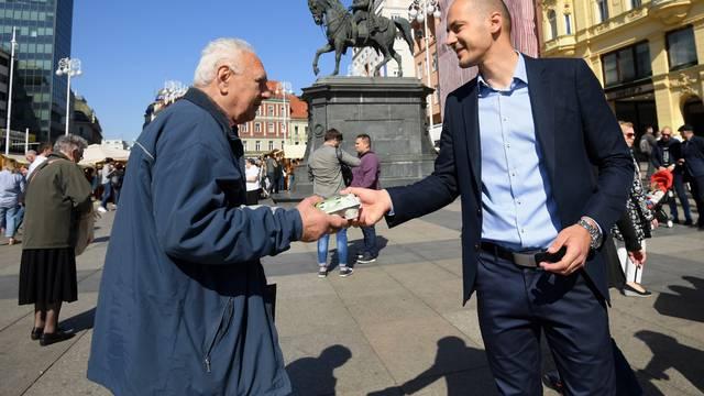 Zagreb: Kandidati stranke BM 365 građanima dijelili pisanice