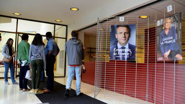French citizens living in US cast their presidential votes at French Embassy in Washington