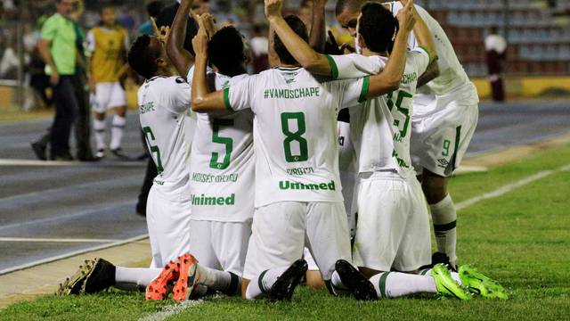 Football Soccer - Zulia FC v Chapecoense - Copa Libertadores