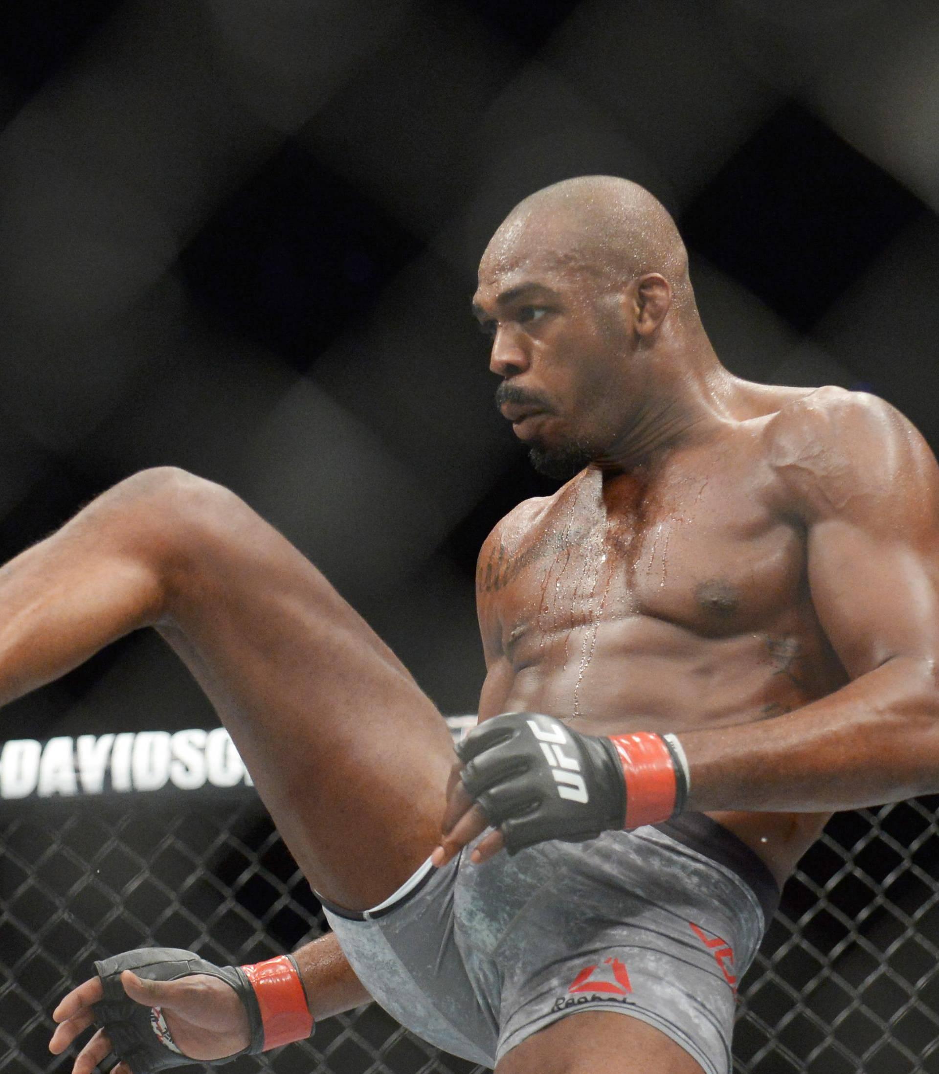 MMA: UFC 232-Jones vs Gustafsson