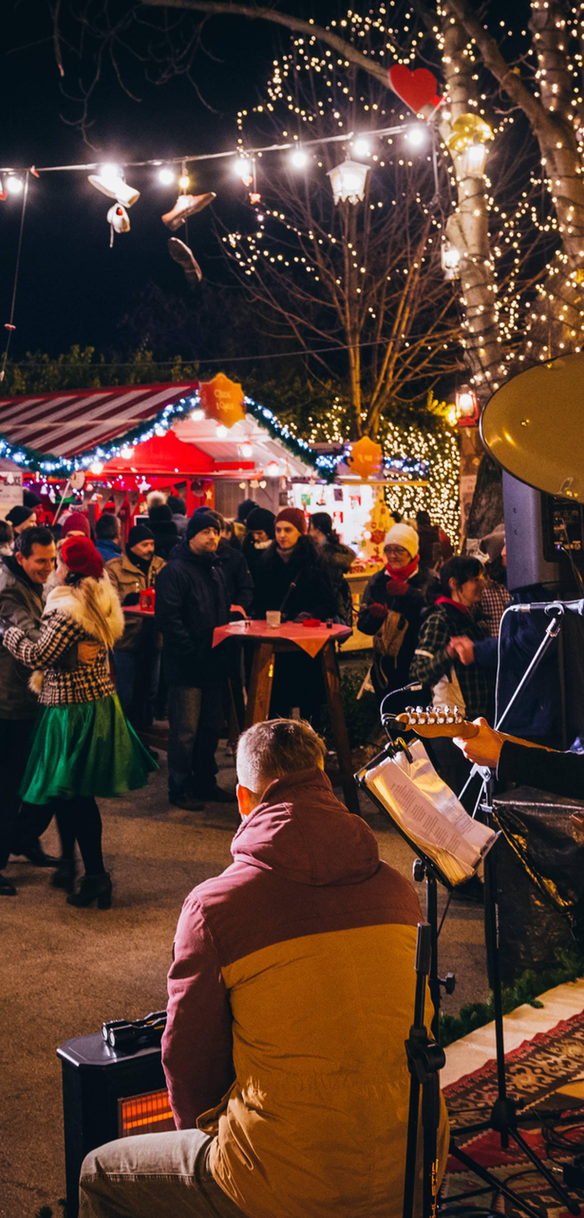 Otvoren Caffe de Matoš uz ples i jedinstvenu scenografiju