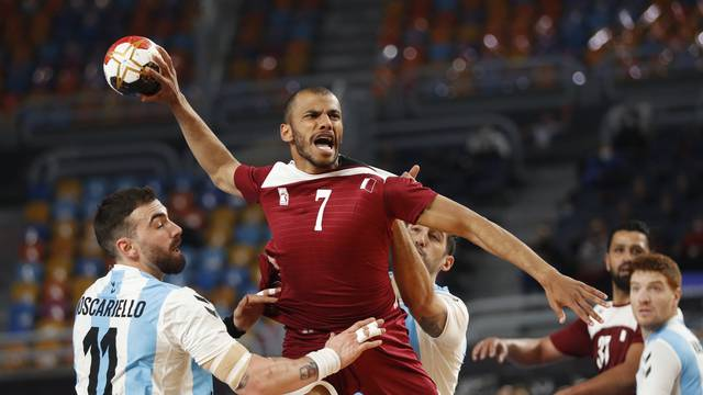2021 IHF Handball World Championship - Main Round Group 2 - Argentina v Qatar